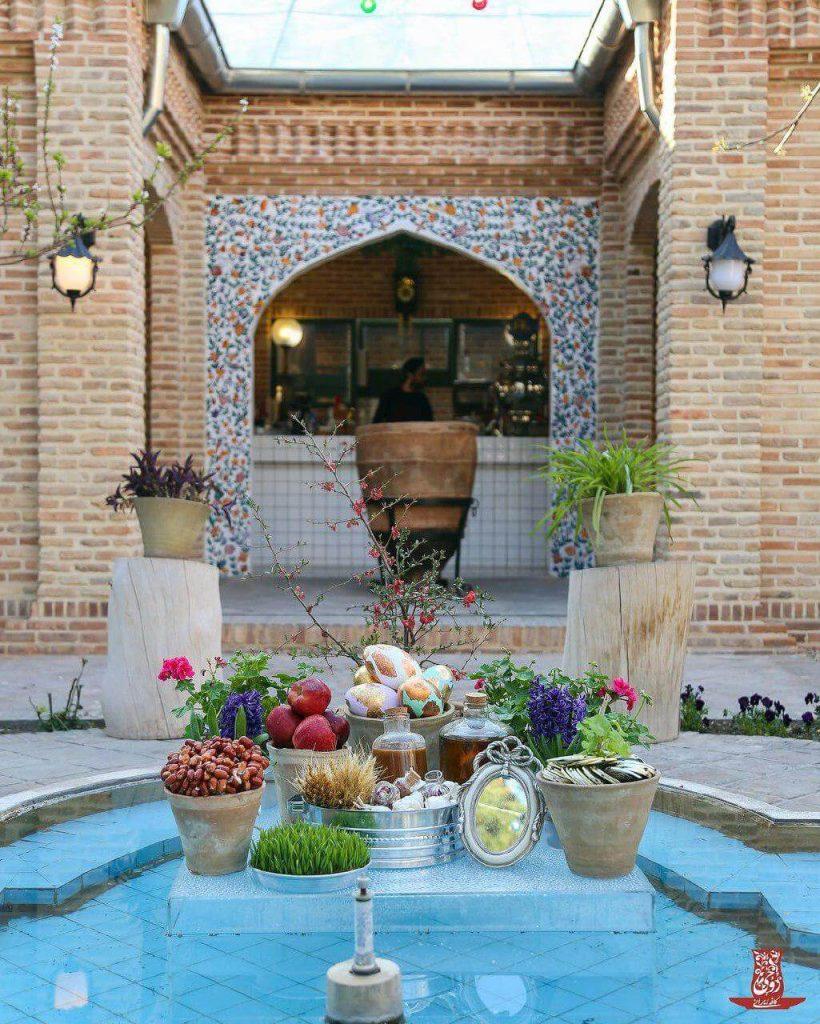 کافه روحی باغ نگارستان
