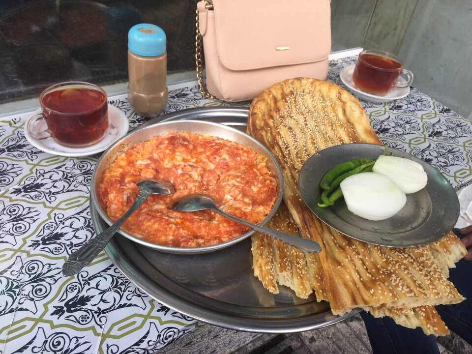 دیزی سرای ولیعصر-ارزانترین غذاهای تهران