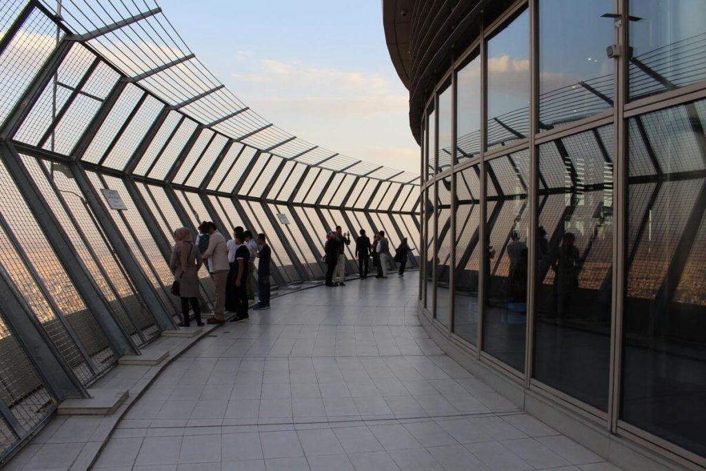 بازدید از برج میلاد در تعطیلات نوروز