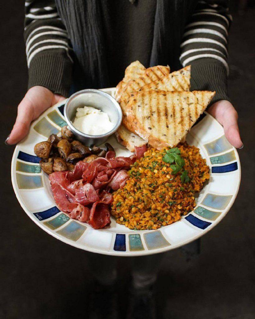 بهترین و خوشمزه ترین صبحانه های تهران